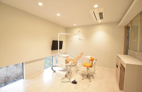 完全個室の診療室