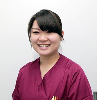 歯科医師 安部加奈子